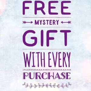 FREE GIFT🎁 WITH EVERY PURCHASE!